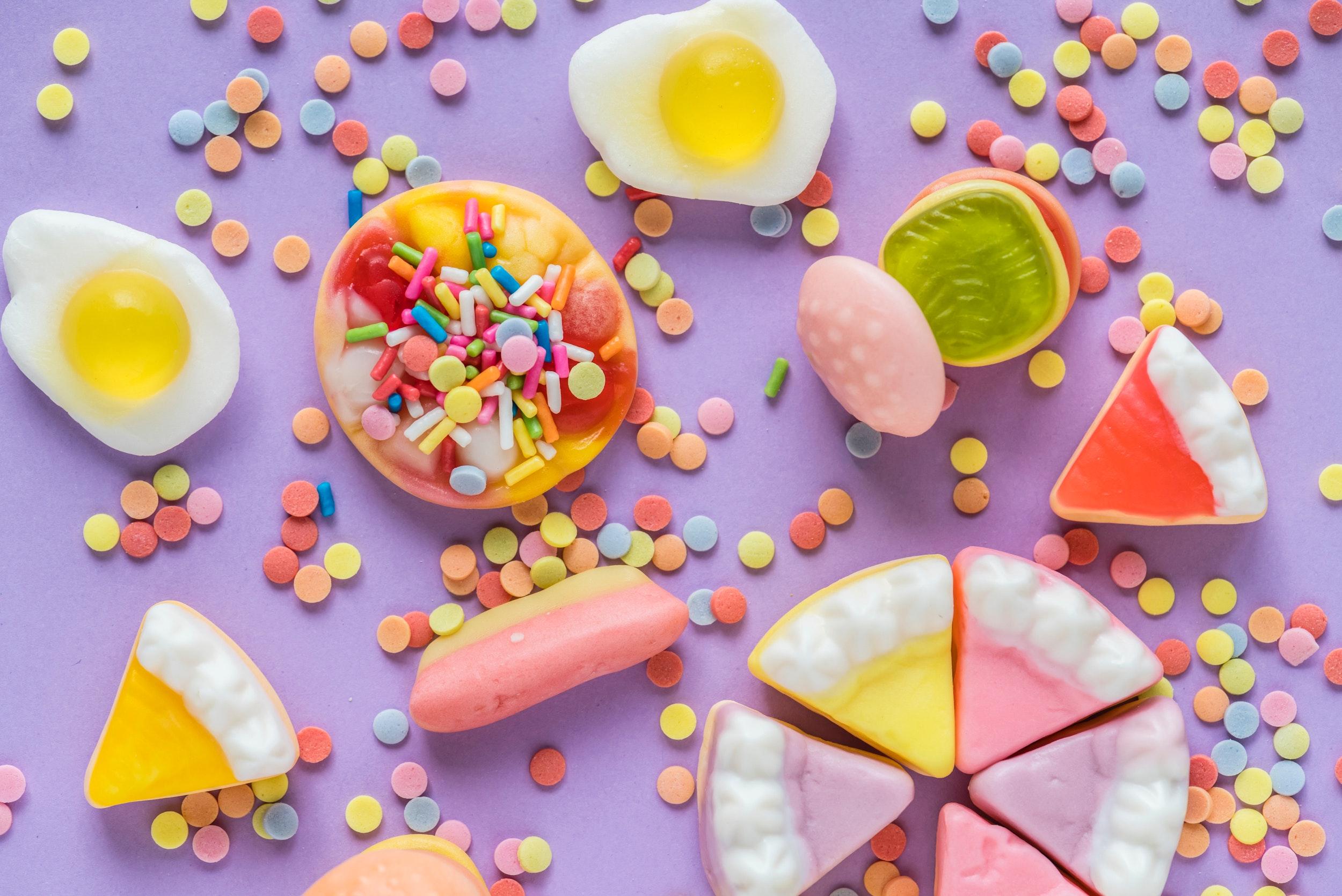 background-bright-candies-1056562